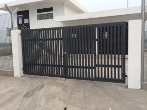 Black Aluminium Main Gates at Entrance from Metal Fabrication Company Brooklynz in Singapore
