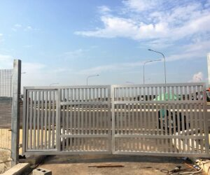Customized and well designed metal gate designs by Brooklynz Singapore