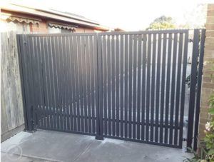 Swing automatic gate at the home entrance by Brooklynz Singapore